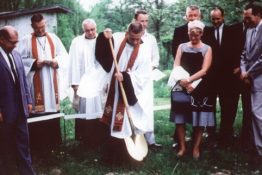 Pastor Manrodt, groundbreaking ceremony for the original church